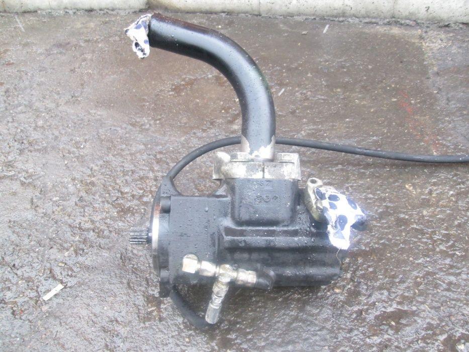 Pompa Case 703480 de Case 621C