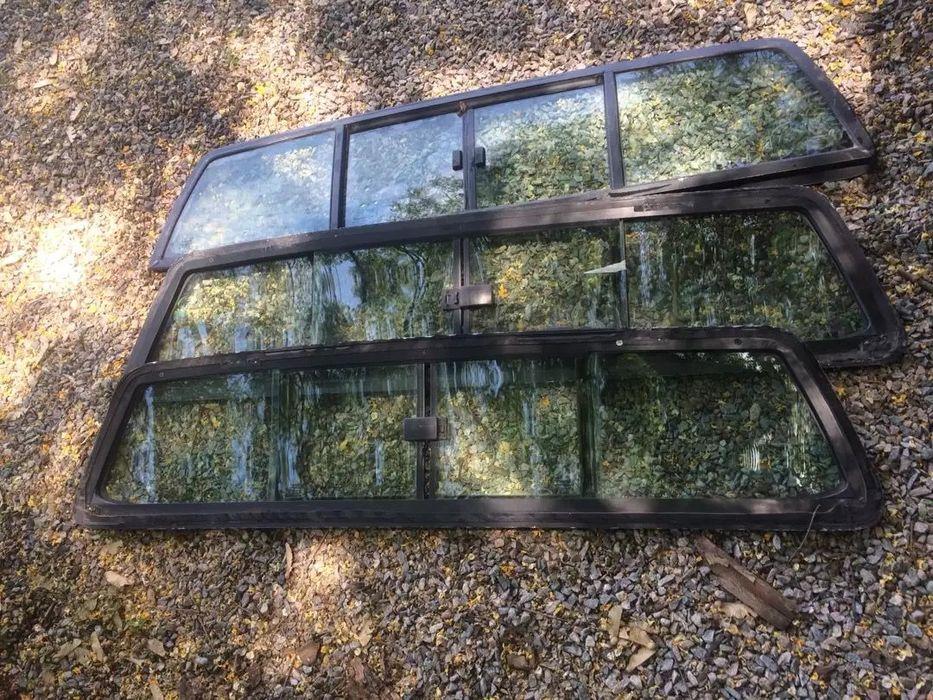 Vendo vidro de trás para D4D hilux