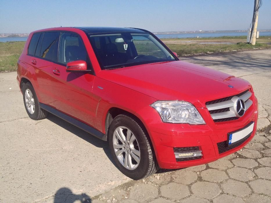 GLK 220 CDI 4Matic, Panoramic, Keyless Go/Entry, Pachet Offroad, ILS