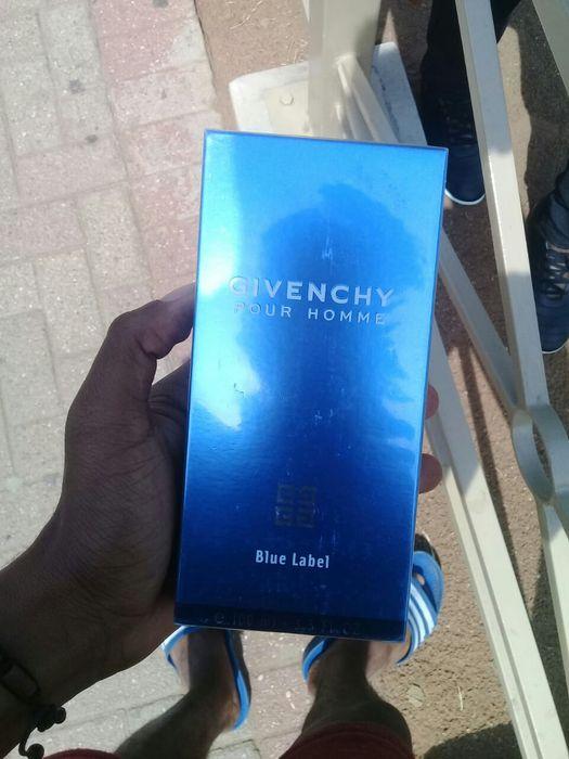 Perfume Givenchy Blue Label Cidade de Matola - imagem 3