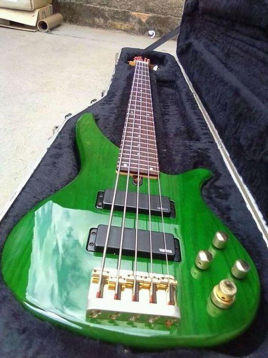 Guitarra Contra baixo