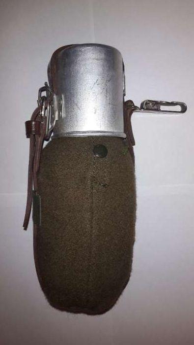 Bidon ( bidonas ) apa militar RSR cu husa si carabina