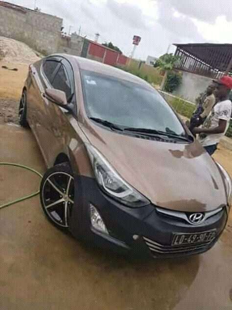 Hyundai Elandra