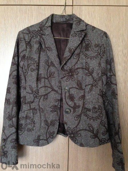 Елегантно вълнено сако с бродерия размер 44