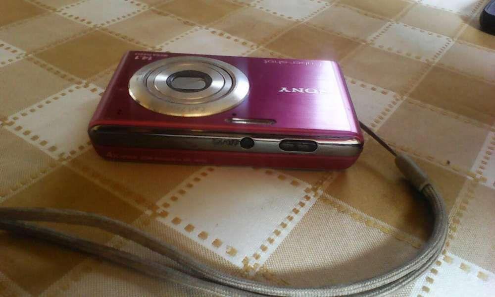 Vendo minha maquina fotografica