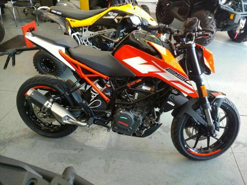 Moto Duke-KTM 390