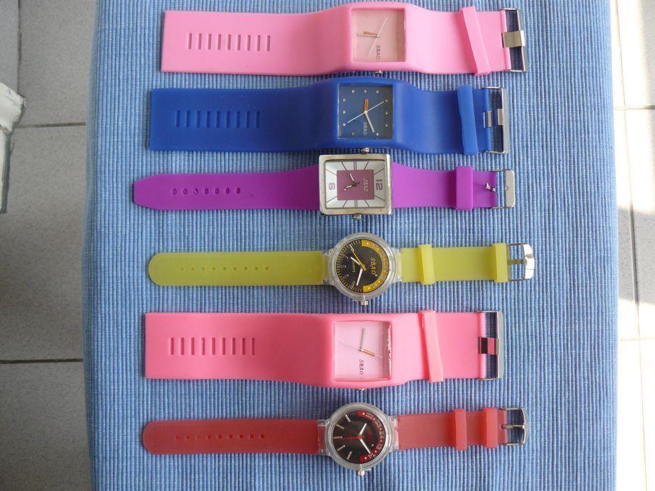 Ceas Fashion Dama/Unisex SBAO, mecanism quartz,curea silicon colorate