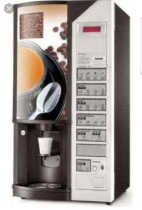 Amplasam automate de cafea 1.3 lei TCHIBO, LAVAZZA