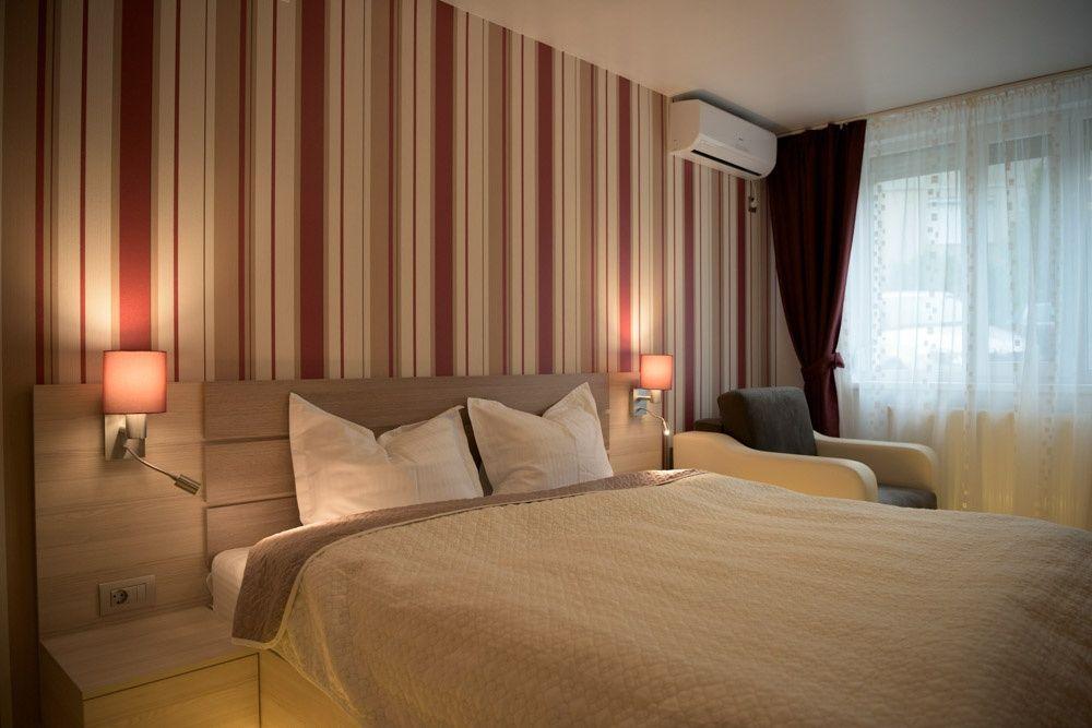 Regim hotelier  hoteluri/pensiuni Bihor, Baile Felix