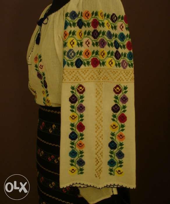 Ie noua - camasa populara/traditionala- ceva vechi ceva nou!