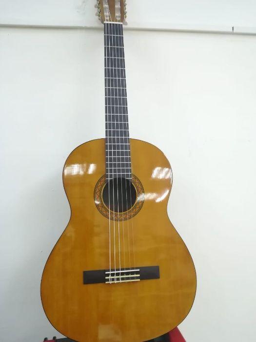 """Гитары """"Yamaha c-40"""" (оригинал)в Актобе! В """"Спутнике""""!"""