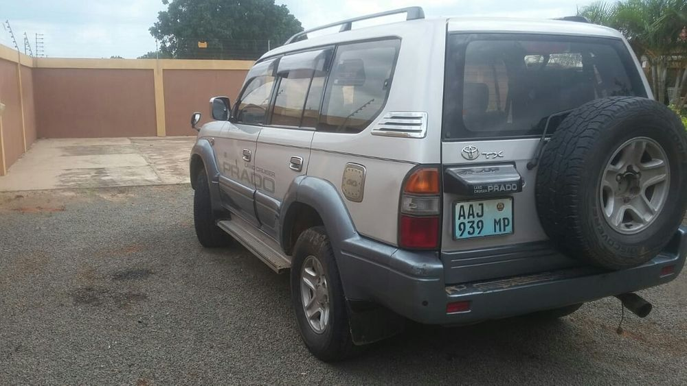 Toyota Prado 4*4 gasolina