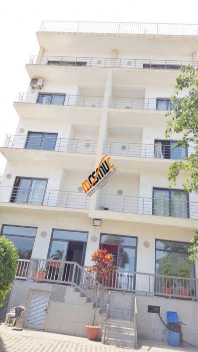 Arrendamos Guest House com 36 quartos na Ilha de Luanda
