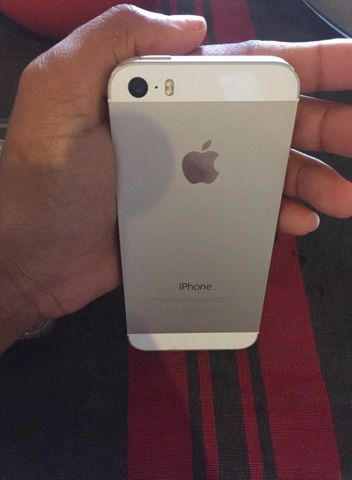 Vendo o meu iphone 5s, 32 Gb