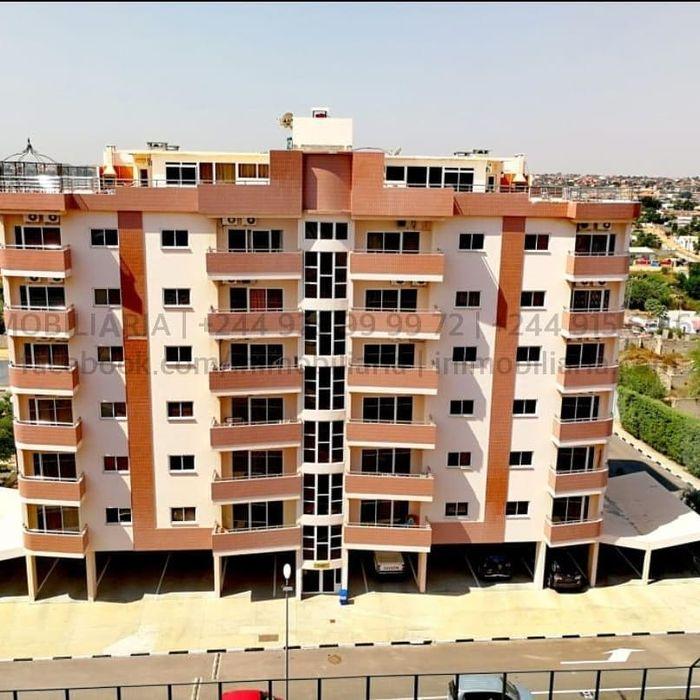 Apartamento T3 Dúplex totalmente equipado a venda no condomínio dos As