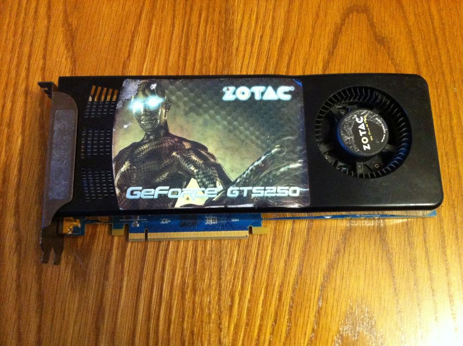 Placa video GeForce GTS 250 (Zotac) 512MB / 256 Bit
