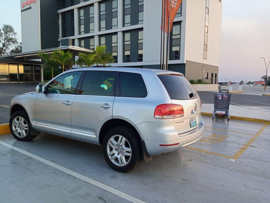 VW Touareg com Sunroof. Liga hoje. Da proposta