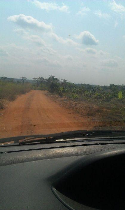 Terreno de 6 hectares em caxito, em Lembeca