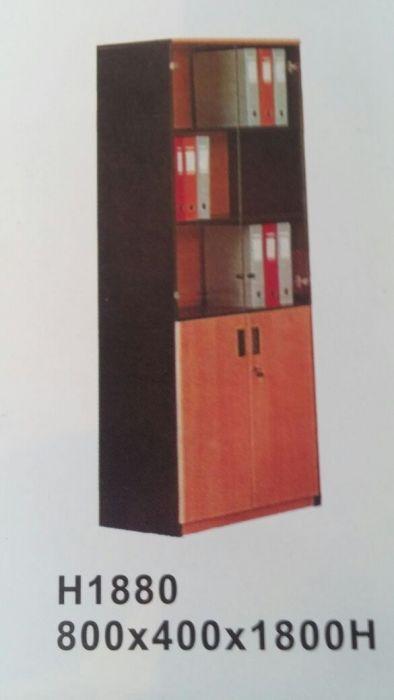Armario de madeira c/portas de vidro produtos novo em caixa