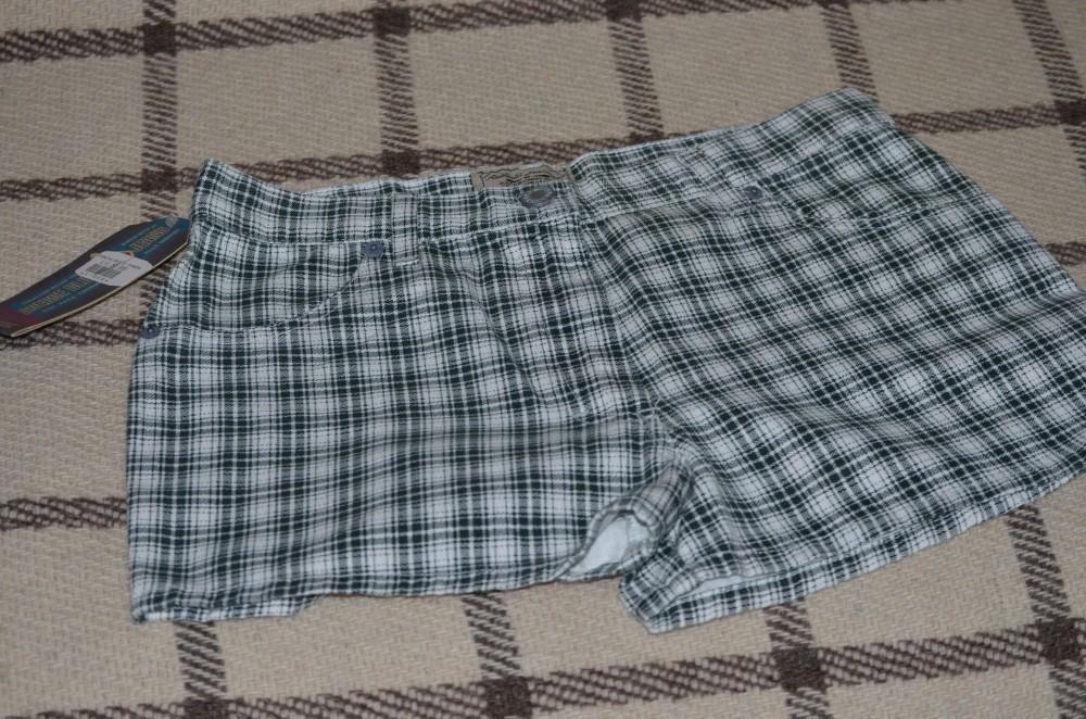 Pantaloni scurti dama AVERSE /blugi Italy S/M (44) / Jeans AVERSE