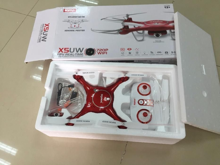 Drona SYMA X5UW Wi Fi Camera HD FPV Real Time pe Telefon