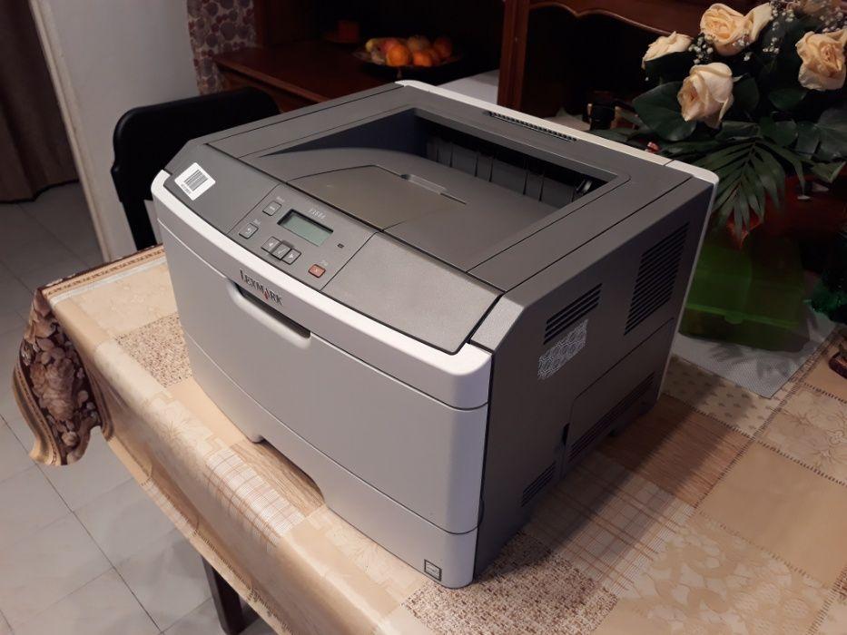 Ocazie - Vand imprimanta laser E360d