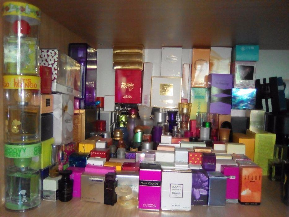 Продажа личной коллекции женской парфюмерии: духи, туалетная вода.