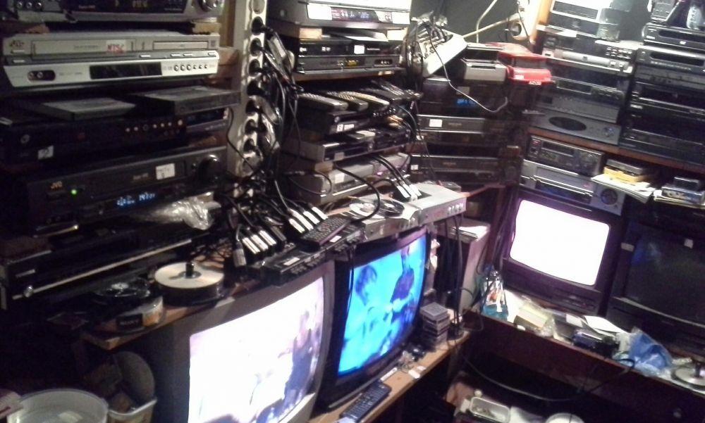 Recuperez Casete video DEFECTE - VHS.BETA.2000.8MM.HI8.DIGI8.ĎVetc