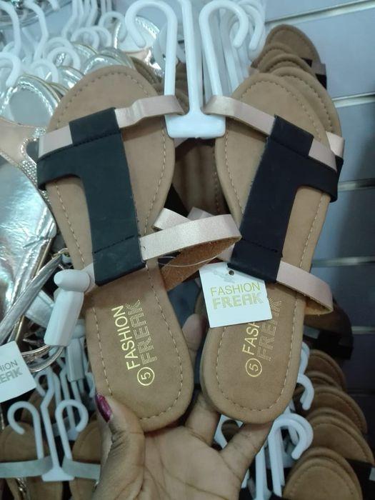 Sandálias e chinelos Cidade de Matola - imagem 5