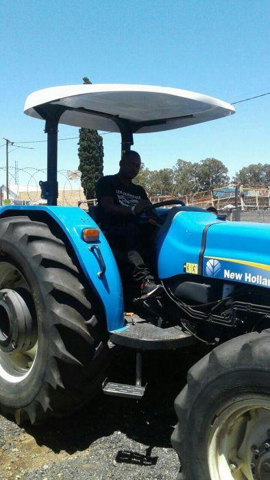 Tractores a venda na vizinha Áfricado Sul à 160000 Rands