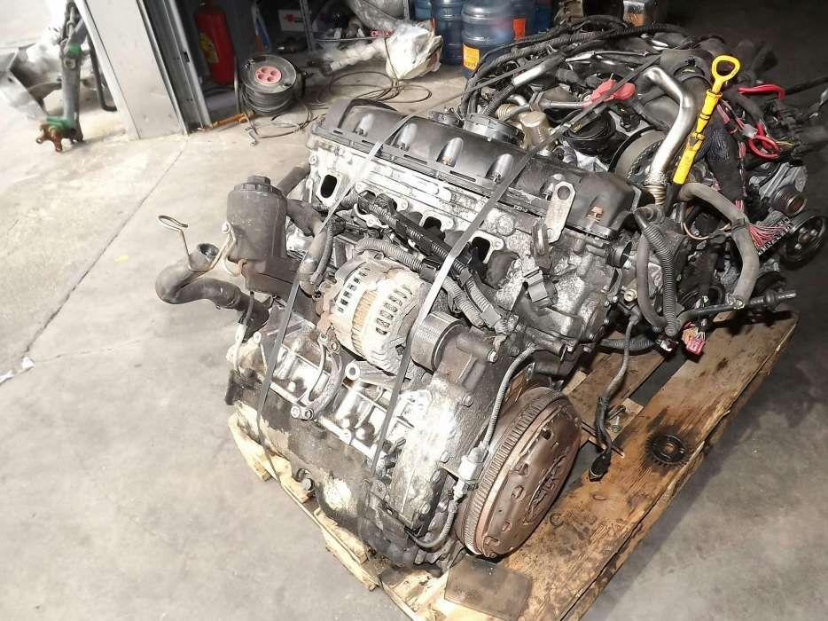 Motor complet vw t5 , 2.5 , dezmembrez vw t5