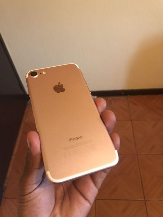 iPhone 7 rose gold 32gb super clean