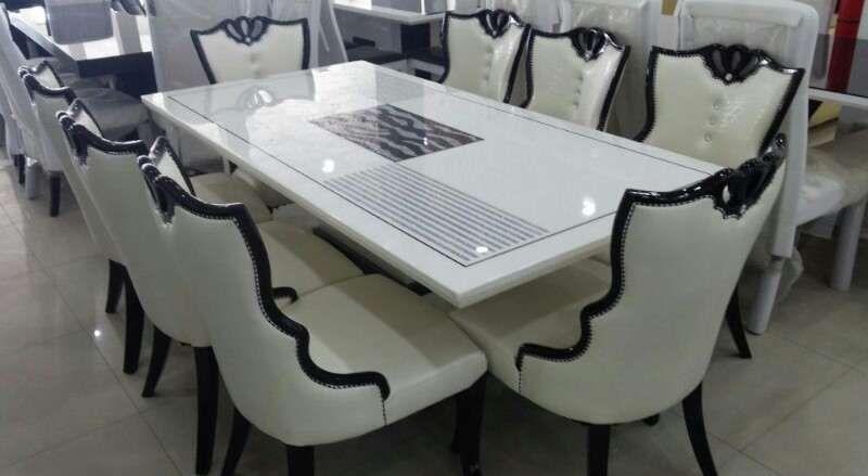 Mobília mesa