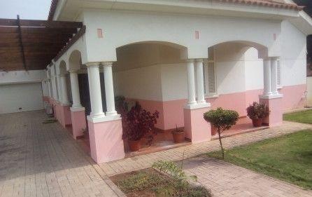 Arrenda-se Moradia T3 + Anexo e Piscina – Condomínio Caju-Talatona