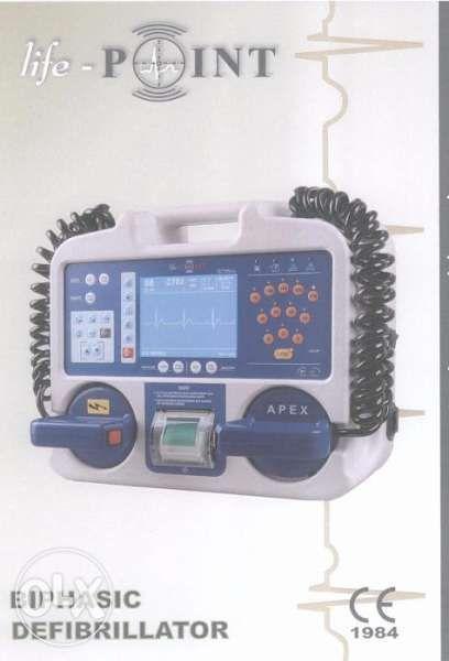 оборудване за спешна помощ и линейки и мотори за парамедици
