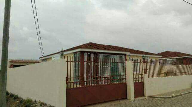 Casa T3 projecto Intaka