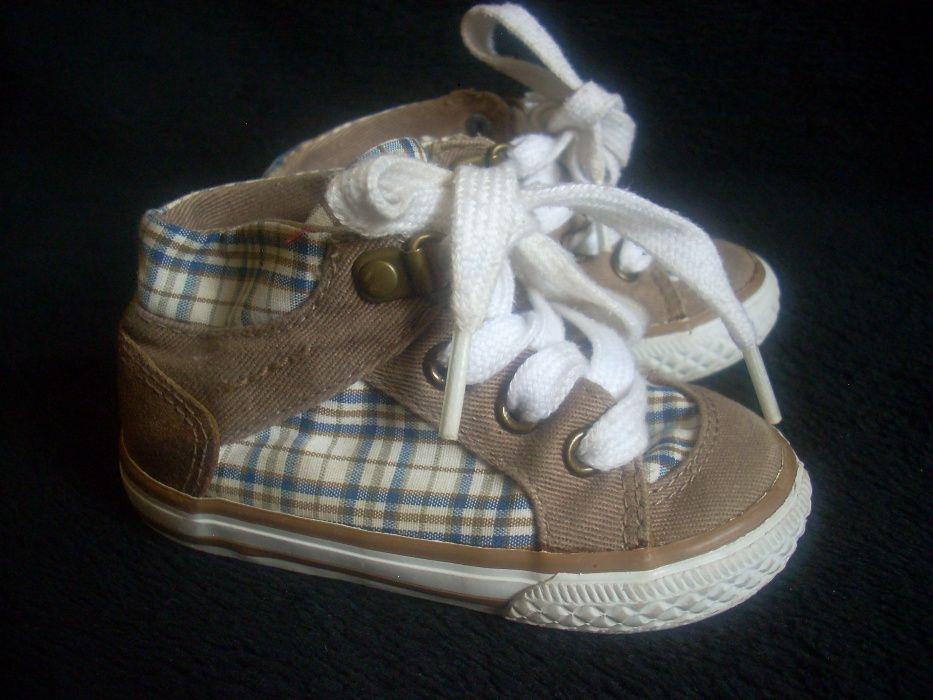 Zara Baby спортни обувки за момченце 19 номер