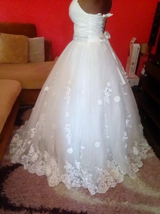 Vendo meu dois vestidos de noiva