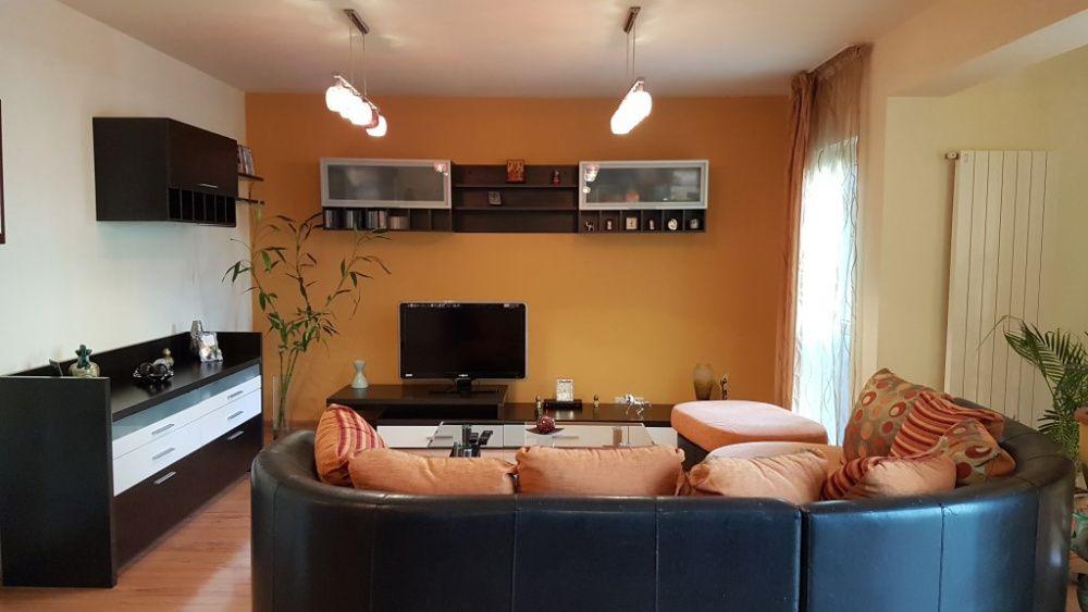 Apartament de lux cu 3 camere - Central