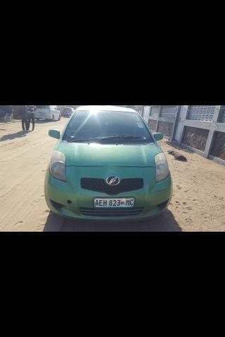 Toyota Alto-Maé - imagem 2