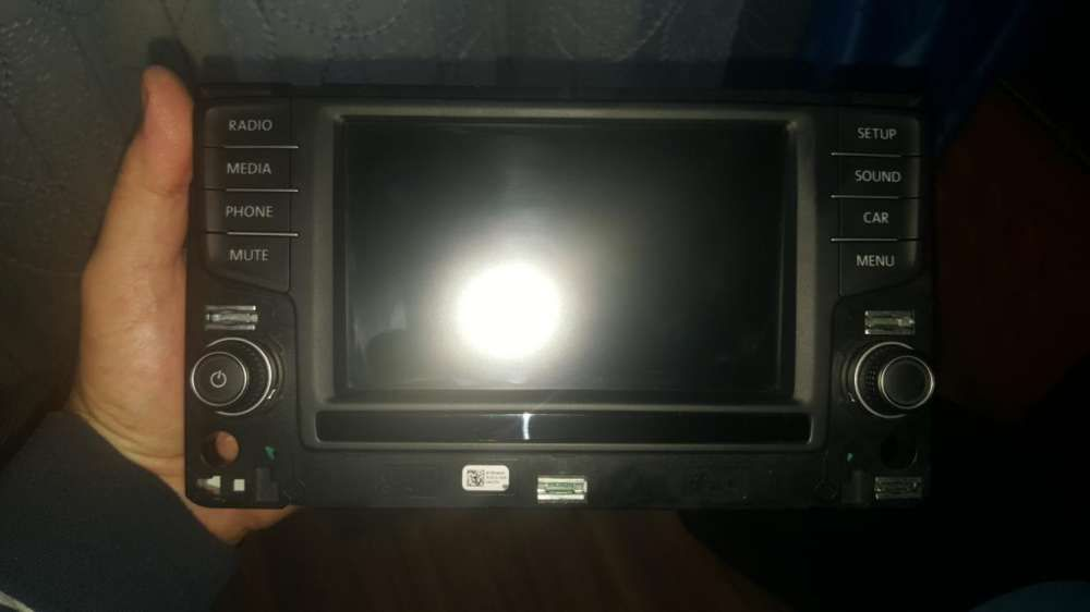 Display media golf 7 touch screen