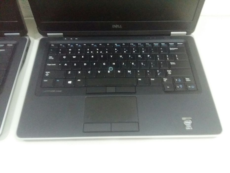 Laptop's Dell 7440 core i5