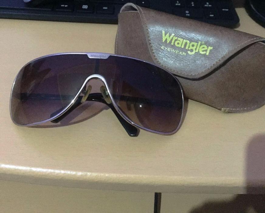 Oculos de Sol Wrangler Dourados Maianga • olx.co.ao dc0c17484a