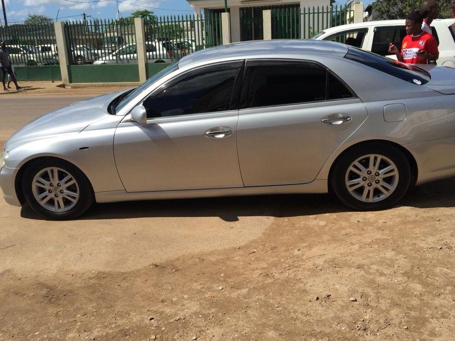 Vendo Toyota Mark X Cidade de Matola - imagem 5