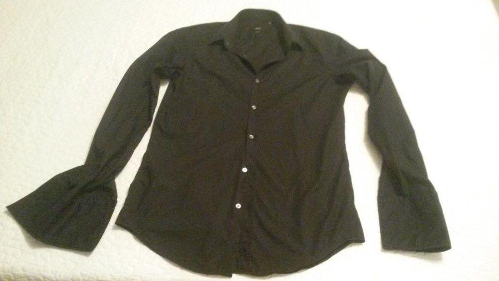 Мъжка риза BOSS оригинал,почти нова,изгодно
