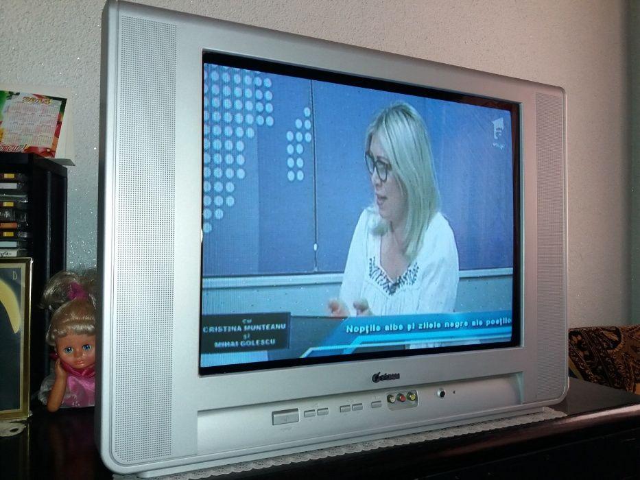 Televizor color Funai cu diagonala de 55 cm
