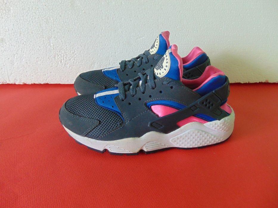 Nike Air Huarache номер 39 Оригинални дамски маратонки