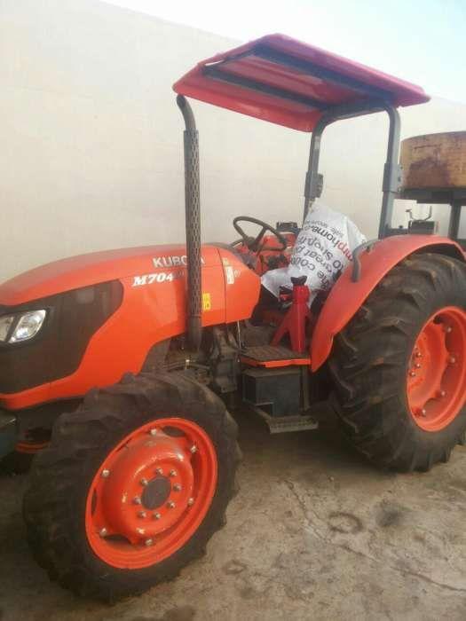 Tractor novo