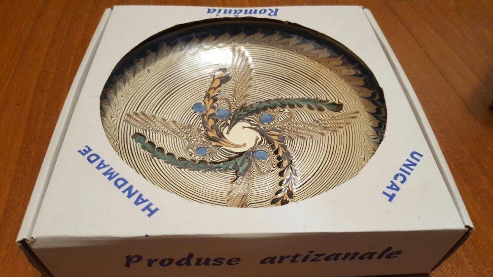 Farfurie decorativa din ceramica de Horezu