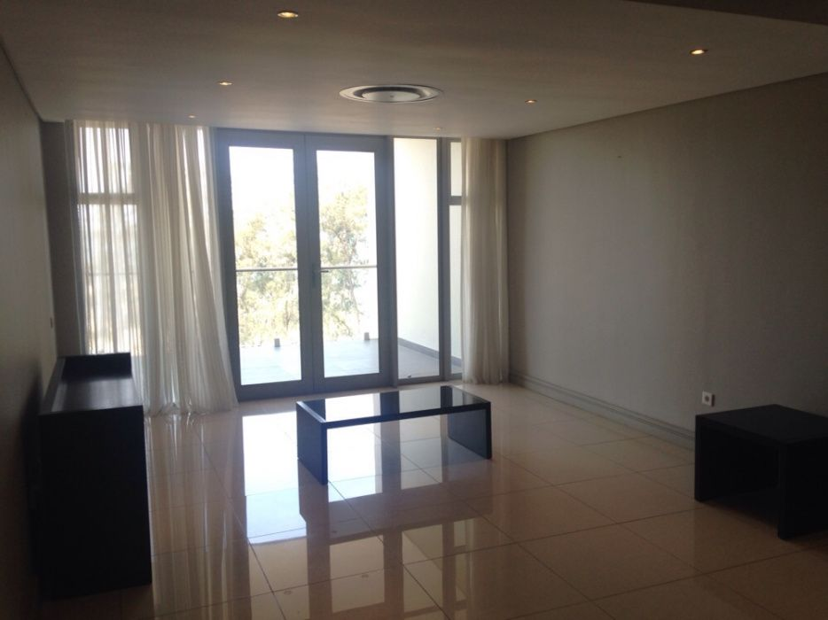 Arrenda se apartamento T3 Mobilado no Super Mares Maputo - imagem 4